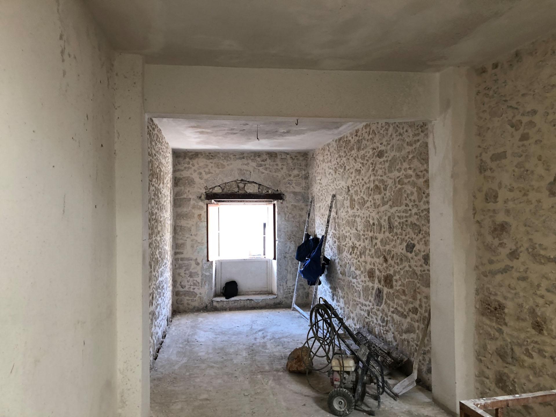 renovation in Rethymno