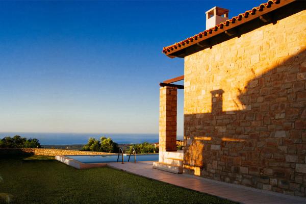 Luxury Traditional Villas